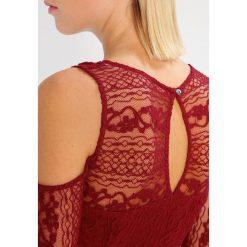 Sukienki hiszpanki: Hollister Co. Sukienka letnia burg