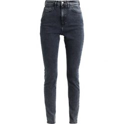 Rurki damskie: Wrangler SUPER HI SKINNY Jeans Skinny Fit blue moon