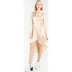 Sukienki hiszpanki: Topshop KIMONO ROBE Sukienka koktajlowa oyster