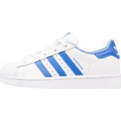 Adidas Originals SUPERSTAR Tenisówki i Trampki footwear white/blue/croyal. Białe tenisówki męskie marki adidas Originals, z materiału. Za 249,00 zł.