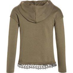 Sisley HOOD Bluza rozpinana khaki. Brązowe bluzy dziewczęce rozpinane Sisley, z bawełny. W wyprzedaży za 135,20 zł.