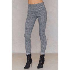 Spodnie z wysokim stanem: Motel Rocks Spodnie Jada – Black,White,Grey,Multicolor