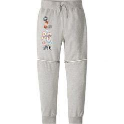 Spodnie dresowe z odpinanymi nogawkami bonprix jasnoszary melanż. Szare dresy chłopięce bonprix, z aplikacjami, z dresówki. Za 37,99 zł.