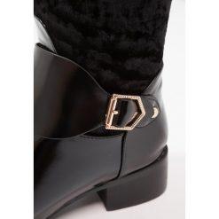 Lost Ink TRINI MIX RIDING BOOT Kozaki black. Czarne buty zimowe damskie Lost Ink, z materiału. W wyprzedaży za 149,50 zł.