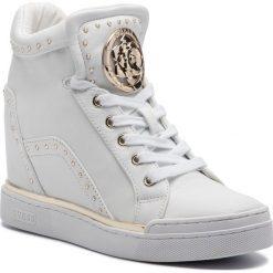 Sneakersy GUESS - FL5FR2 LEA12 WHITE. Białe sneakersy damskie Guess, z materiału. Za 719,00 zł.