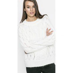 Vila - Sweter Satira. Szare swetry klasyczne damskie Vila, l, z bawełny, z okrągłym kołnierzem. W wyprzedaży za 69,90 zł.