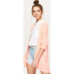 Swetry klasyczne damskie: Oversizowy sweter typu kimono – Różowy