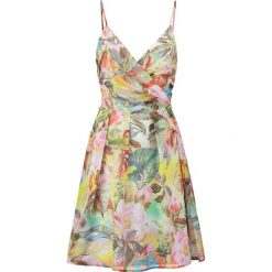 Sukienki hiszpanki: Young Couture by Barbara Schwarzer Sukienka letnia bunt