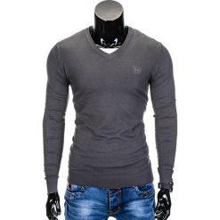 Swetry klasyczne męskie: SWETER MĘSKI E74 – GRAFITOWY