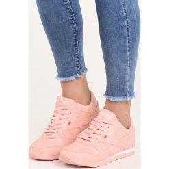 Różowe Buty Sportowe Overtime. Czerwone buty sportowe damskie marki KALENJI, z gumy. Za 59,99 zł.