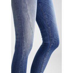 Denham SPRAY HELIX  Jeans Skinny Fit blue. Niebieskie rurki damskie Denham. W wyprzedaży za 401,40 zł.