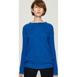 Sweter basic - Niebieski. Niebieskie swetry klasyczne damskie Sinsay, l. Za 49,99 zł.