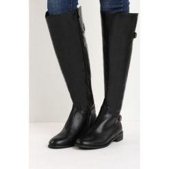Czarne Kozaki Real Beauty. Czarne buty zimowe damskie marki Born2be, z materiału, z okrągłym noskiem, na obcasie. Za 99,99 zł.