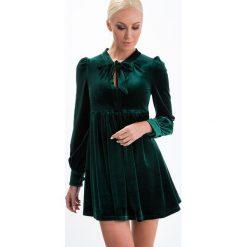 Sukienka odcinana butelkowa zieleń ALZ3101. Zielone sukienki Fasardi, s. Za 111,30 zł.