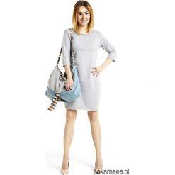 Sukienka taliowana z kieszeniami jasnoszara. Szare sukienki dresowe marki bonprix, melanż, z kapturem, z długim rękawem, maxi. Za 129,00 zł.