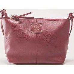 Torebka z ozdobnym napisem - Bordowy. Czerwone torebki klasyczne damskie marki House, z napisami. Za 39,99 zł.