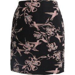 Spódniczki trapezowe: Betty & Co Spódnica trapezowa black/rose