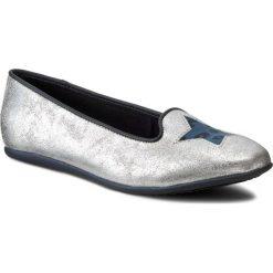 Baleriny TOMMY HILFIGER - Dana 1C FG56819711 Silver 483. Szare baleriny dziewczęce marki TOMMY HILFIGER, z materiału. W wyprzedaży za 199,00 zł.