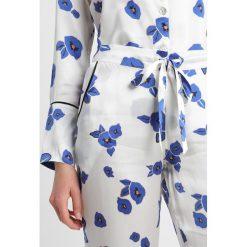 Hesper Fox LISBON EVIE PRINT Piżama white/dark blue. Białe piżamy damskie Hesper Fox, s, z bawełny. W wyprzedaży za 467,70 zł.
