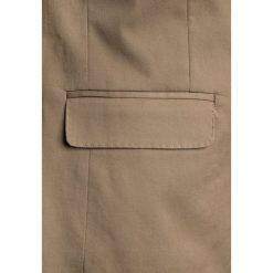 J.CREW ITALIAN STRETCH CHINO JACKET Marynarka khaki. Brązowe spodnie chłopięce marki Reserved, l, z kapturem. W wyprzedaży za 479,20 zł.
