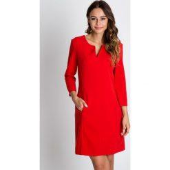 Sukienki balowe: Czerwona sukienka z rękawem 3/4 BIALCON