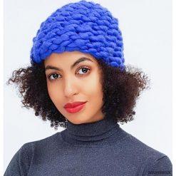Czapki zimowe damskie: Niebieska czapka z wełny merynosów merino jedwab