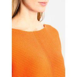 Swetry damskie: White Stuff EASTSIDE TEXTURED JUMPER Sweter orange