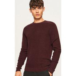Sweter - Bordowy. Czerwone swetry klasyczne męskie Reserved, l. Za 99,99 zł.
