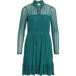 """Sukienka """"Manja"""" w kolorze morskim. Niebieskie sukienki rozkloszowane marki Vila & Co., s, w paski, z falbankami, midi. W wyprzedaży za 108,95 zł."""
