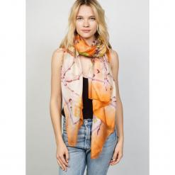 Chusta w kolorze pomarańczowym - 174 x 110 cm. Brązowe chusty damskie marki Winter Spirit, z jedwabiu. W wyprzedaży za 130,95 zł.
