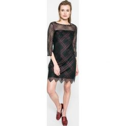 Tommy Hilfiger - Sukienka. Czarne sukienki balowe marki TOMMY HILFIGER, z koronki, z okrągłym kołnierzem, mini, proste. W wyprzedaży za 449,90 zł.
