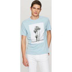 T-shirty męskie: T-shirt z naszytym panelem – Niebieski