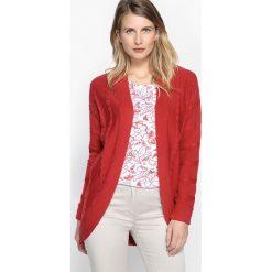 Długi rozpinany sweter z fantazyjnej dzianiny. Czerwone swetry oversize damskie Anne weyburn, z bawełny. Za 191,06 zł.