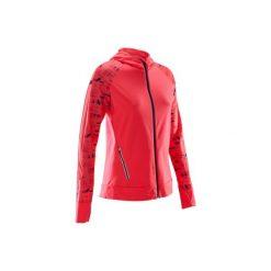 Bluza do biegania RUN WARM HOOD damska. Czerwone bluzy z kieszeniami damskie marki KALENJI, z elastanu. Za 99,99 zł.