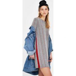 Sukienki hiszpanki: Sukienka w kratkę z długim rękawem