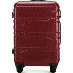 Walizka średnia 56-3P-982-30. Czerwone walizki marki Wittchen, z gumy, średnie. Za 279,00 zł.