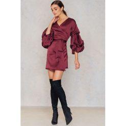 Sukienki hiszpanki: Hot & Delicious Satynowa sukienka z rękawem typu balon – Red
