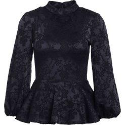 Plein Sud Jeanius PEPLUM Bluzka black. Czarne bluzki asymetryczne Plein Sud Jeanius, z elastanu. W wyprzedaży za 503,60 zł.