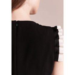 Sukienki hiszpanki: Strenesse DANICEE Sukienka etui black/white