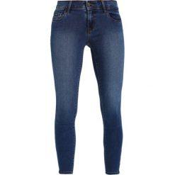 Jeansy damskie: Vero Moda VMFIVE ANKLE ZIP  Jeans Skinny Fit medium blue denim