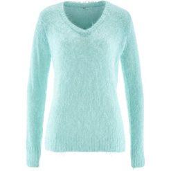 Sweter z przędzy z długim włosem,  z dekoltem w serek bonprix pastelowy miętowy. Zielone swetry klasyczne damskie bonprix, z dekoltem w serek. Za 99,99 zł.