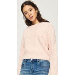 Sweter z warkoczowym splotem - Różowy. Czerwone swetry klasyczne damskie Sinsay, l, ze splotem. Za 49,99 zł.