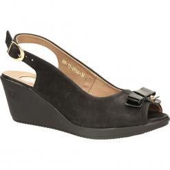 SANDAŁY KARINO 0966/003-P. Fioletowe sandały damskie marki Karino, ze skóry. Za 119,99 zł.