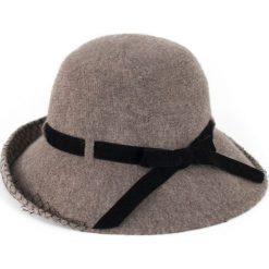 Kapelusz damski Wełniana jesień beżowy (cz16252-1). Brązowe kapelusze damskie marki Art of Polo, na jesień, z wełny. Za 91,03 zł.