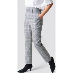 Spodnie damskie: NA-KD Classic Spodnie z wysokim stanem i paskiem - Grey,Multicolor