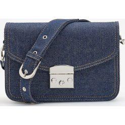 Jeansowa torebka na regulowanym pasku - Granatowy. Niebieskie torebki klasyczne damskie Reserved, z jeansu. Za 79,99 zł.