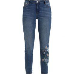 Dorothy Perkins FASHION HAPRER  Jeans Skinny Fit midwash. Niebieskie jeansy damskie relaxed fit marki Dorothy Perkins, z bawełny. Za 189,00 zł.