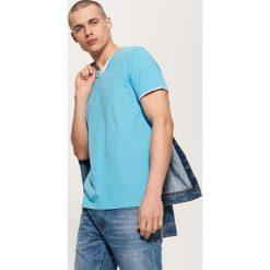 T-shirt basic - Niebieski. Czarne t-shirty męskie marki House, l, z nadrukiem. Za 25,99 zł.