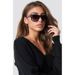 Luisa Lion x NA-KD Okulary przeciwsłoneczne Studded - Black. Czarne okulary przeciwsłoneczne damskie aviatory Luisa Lion x NA-KD. Za 72,95 zł.