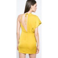 Missguided - Sukienka. Szare sukienki mini marki Missguided, na co dzień, z poliesteru, casualowe, proste. W wyprzedaży za 89,90 zł.